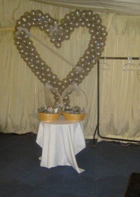 Cake Decor In Cumbernauld : Simply Silver